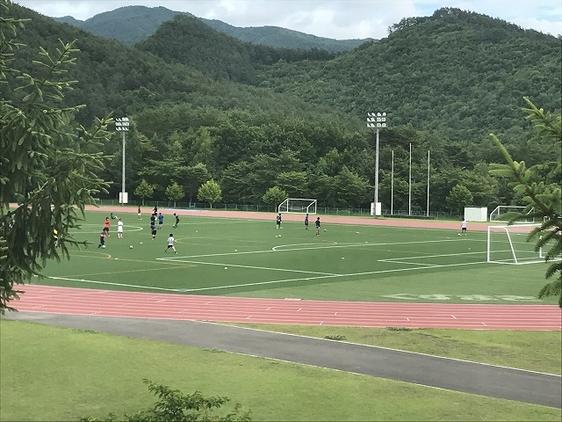 高校サッカー部夏合宿の様子
