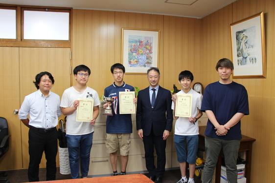 パーソナルコンピュータ同好会 (日本・国際)情報オリンピックで金賞!