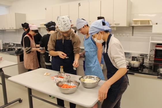 2019年12月 中学1年生「世界」2学期課外学習「エジプト料理に挑戦」